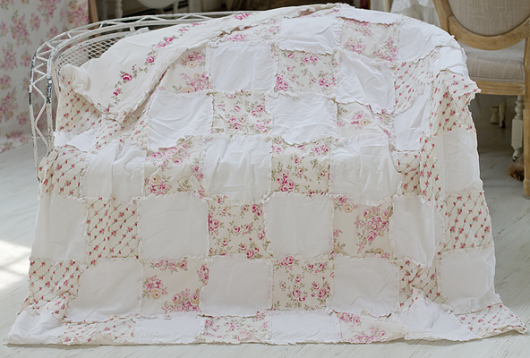 Shabby Chic Style Patchwork Quilt Vintage Rose Floral