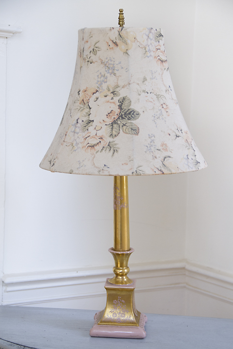 Vintage Gold and Pink Lamp w/Shade